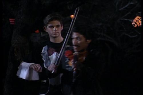 34-37-Danny-violin-1